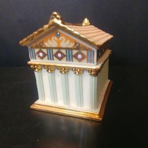 Vtg Lenox Porcelain Pantheon Trinket Box